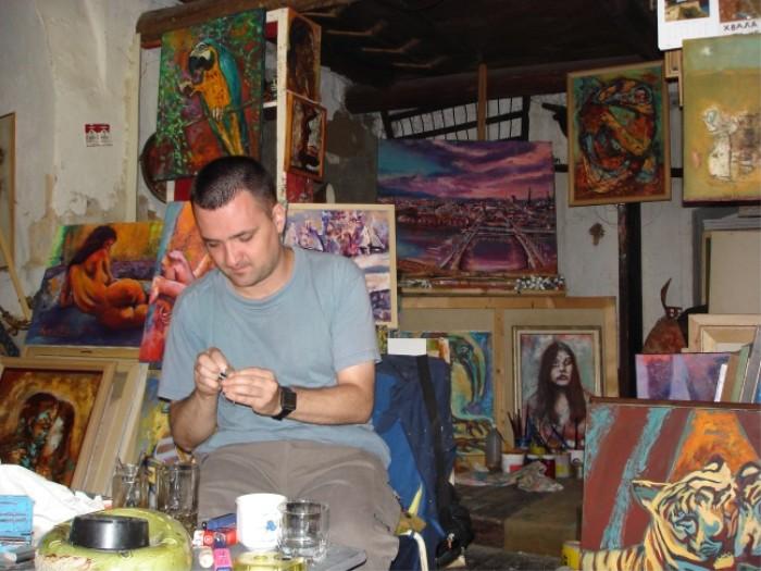 Maler Wladimir Kovac hat ein höchst ungewöhnliches Atelier.
