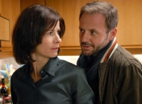 Agnes (xxx) betrügt ihren Ehemann Walter (yyy).