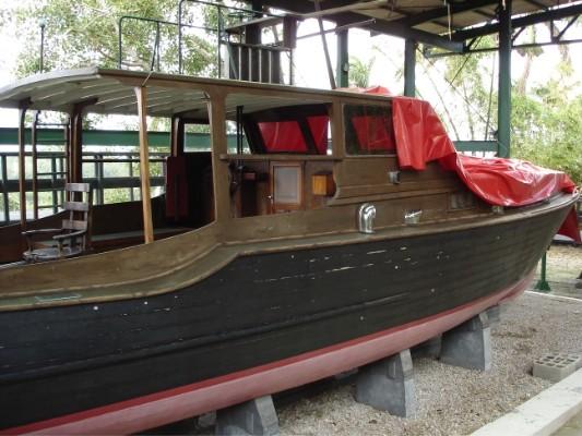 Die Yacht von Hemingway! Sie heißt übrigens Pilar.