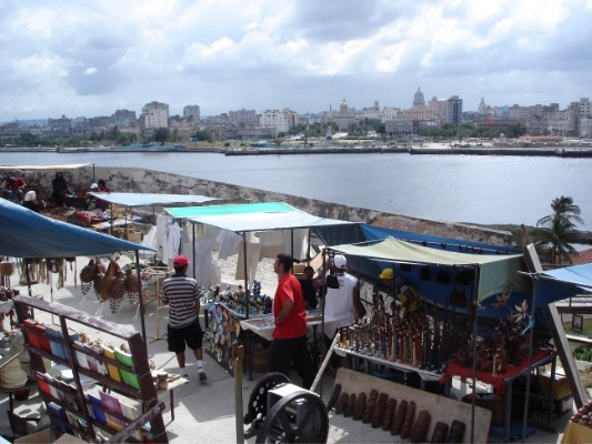 Flohmarkt und Havanna.