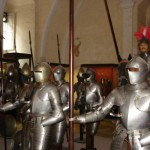 Rüstungen im Großmeisterpalast von Valetta.