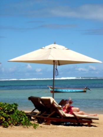 Nicht aus dem Prospekt im Reisebüro. So sieht der Strand da wirklich aus!