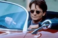 Ein Autounfall hält Benjamin Stone (Michael J. Fox) in der Provinz fest.