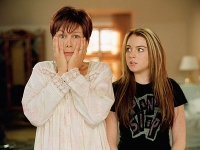 Mutter Tess (Jamie Lee Curtis) und Tochter Anna (Lindsay Lohan) tauschen die Rollen.