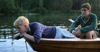 Erik und Edmund freunden sich in den Sommerferien an.
