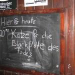 Das Schild verspricht: Hinter dieser Tür kriegt man den besten deutschen Pop des Abends.