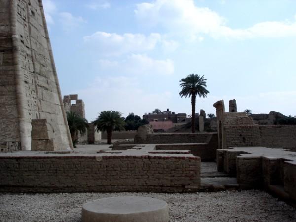 Irgendwo hier war das Klo vom Pharao. Kein Witz!