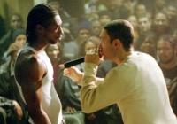 B-Rabbit (Eminem, rechts) will sich als Rapper Respekt verschaffen.