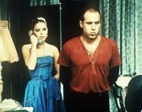 Elia (Adriano Celentano) will Lisa (Ornella Muti) so schnell wie möglich loswerden.