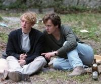 Gregor (Matthias Schweighöfer, links) und Arthur (Florian Stetter) sind beste Freunde.