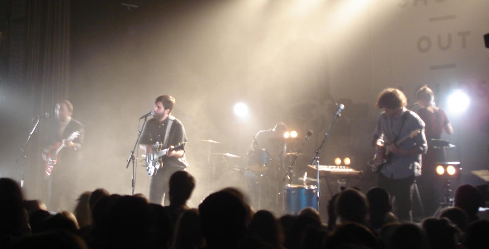 Die Shout Out Louds hatten sichtbar Spaß an ihrem Auftritt in Halle.