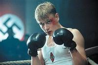 Sein Talent als Boxer führt Friedrich (Max Riemelt) an eine Nazi-Kaderschmiede.