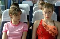 Marie (Pauline Acquart, links) ist fasziniert von Floriane (Adele Haenel).