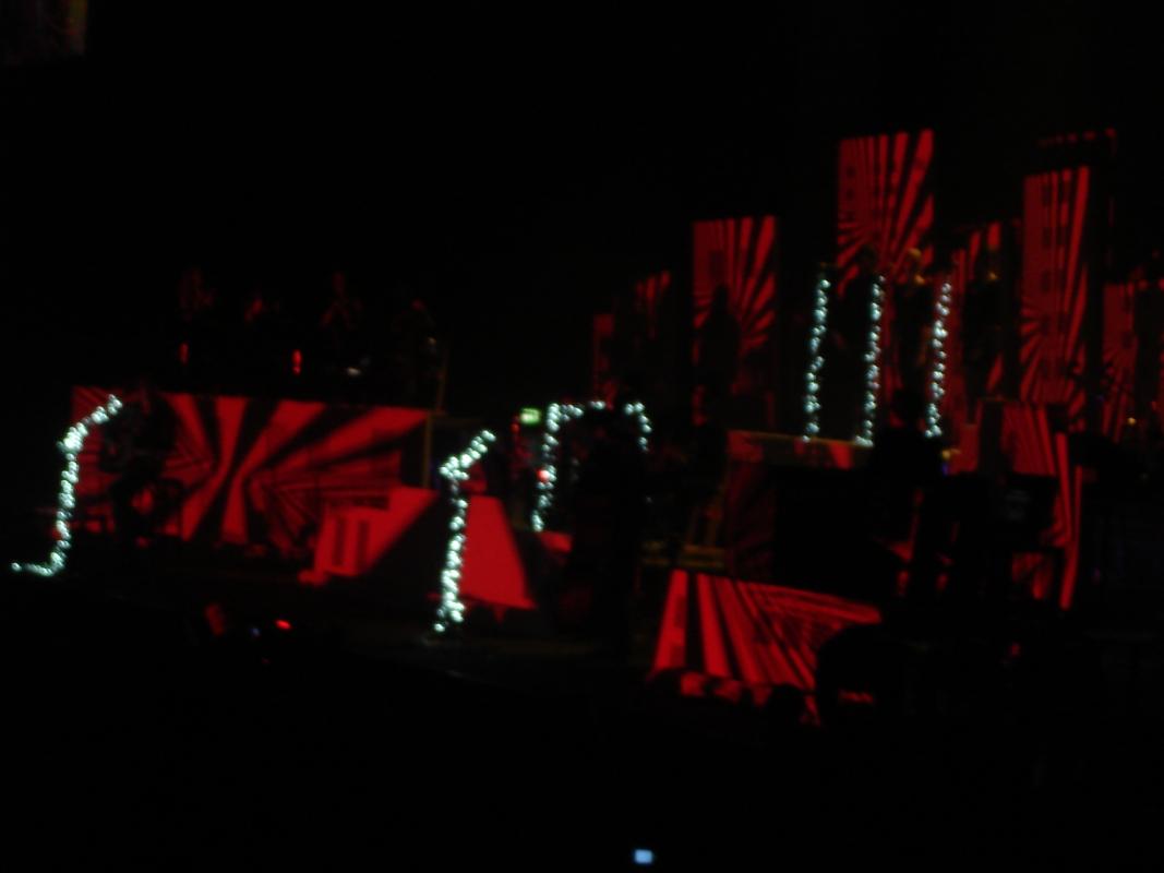 Und eine eindrucksvolle Lichtshow.