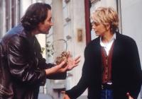 Luc (Kevin Kline) will Kate (Meg Ryan) helfen, ihren Freund wiederzufinden.