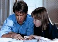 Henry (Harrison Ford) muss nach einer Kopfverletzung wieder ganz von vorne anfangen.