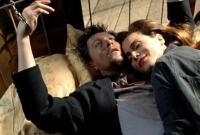 Jack (Gary Oldham) und Mona (Lena Odin) werden von der Mafia gejagt.