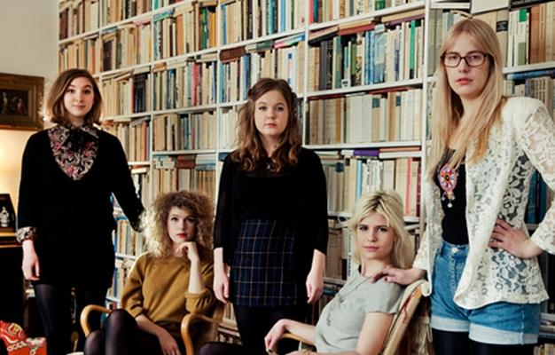 Die Welt braucht mehr Mädchen in Bands, sagt Cissi Efraimsson (Mitte) von Those Dancing Days.