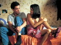 Xavier (Romain Duris) und Martine (Audrey Tautou) führen eine Fernbeziehung.