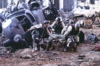 Nach dem Absturz ihres Hubschraubers sitzen die US-Soldaten in der Falle.