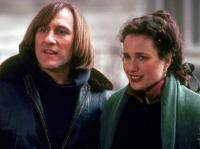 George (Gerard Depardieu) und Bronte (Andie MacDowell) gehen eine Scheinehe ein.