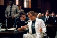 Verleger Larry Flynt (Woody Harrelson) strapaziert die Grenzen der Meinungsfreiheit.