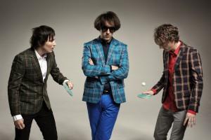 """The Wombats machen Lust auf ihr zweites Album """"This Modern Glitch""""."""