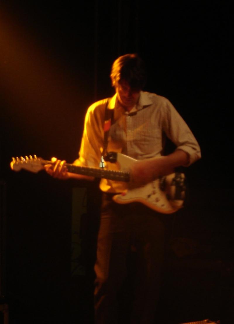 Gitarrist Jarred Phillips hielt sich show-technisch aber sehr zurück.