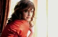 Leila (Lauren Lee Smith) hat Spaß daran, Männer gleich reihenweise zu verführen.