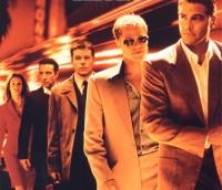 Danny Ocean (George Clooney, rechts) und seine Band planen einen Coup in Las Vegas.