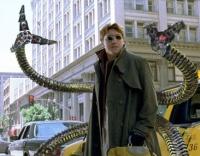 Spider-Man muss die Stadt vor Dr. Octavius (Alfred Molina) beschützen.