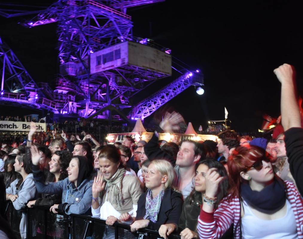 Bis 7 Uhr wurde auf einzelnen Bühnen in Ferropolis gerockt.