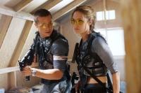 John (Brad Pitt) und Jane Smith (Angelina Jolie) geraten als Eheleute und Killer aneinander.