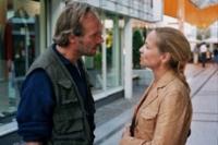 Dieter (Wolfram Koch) soll sich mehr um seinen Sohn kümmern, findet seine Ex-Frau Rita (Susanne-Marie Wrage).