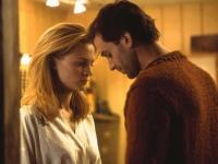 Alice (Heather Graham) stürzt sich in eine leidenschaftliche Affäre mit Adam (Joseph Fiennes).