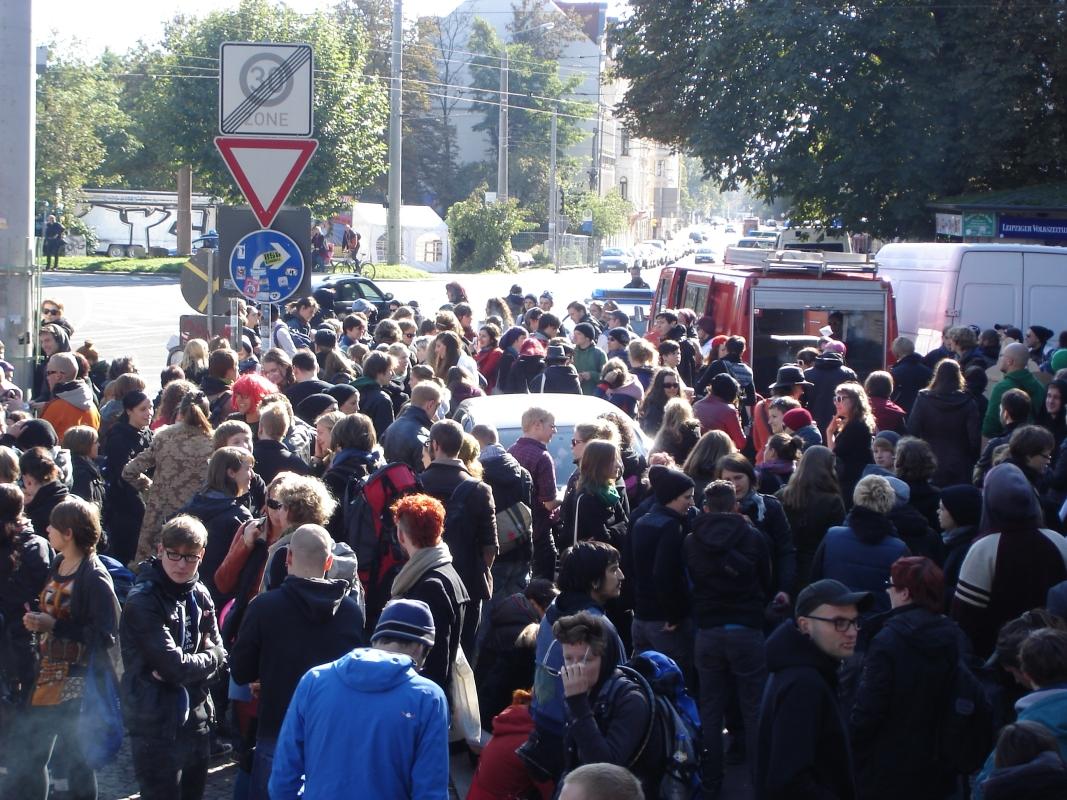 Treffpunkt Connewitzer Kreuz: Rund 400 Teilnehmer waren zum Slutwalk gekommen.