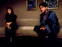 Fred Madison (Bill Pullman) und seine Frau Renée (Patricia Arquette) bekommen wirre Botschaften.
