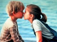Vada (Anny Chlumsky) und Thomas Jay (Macaulay Culkin) verstehen die Erwachsenen nicht.