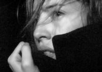 Lili (Isild Le Besco) lässt sich in ein Abenteuer ziehen und findet nicht mehr heraus.