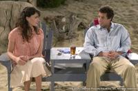 Flor (Paz Vega) wundert sich über den Lebensstil ihres Chefs (Adam Sandler).