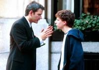 Roger (Campbell Scott) gibt seinem Neffen Nick (Jesse Eisenberg) Nachhilfe in Sachen Frauen.