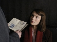 Sophie Scholl (Julia Jentsch) wird vom Nazi-Regime wegen Hochverrats angeklagt.