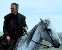 Bill Munny (Clint Eastwood) plant ein Comeback als Auftragsmörder.