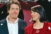 Nathalie (Martine McCutcheon) himmelt den neuen Premierminister David (Hugh Grant) an.