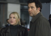 Louis Salinger (Clive Owen) und Eleanor Whitman (Naomi Watts) sind den kriminellen Geschften einer Bank auf der Spur.