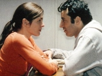 Maite (Valerie Donzelli) sieht ihren Ehemann Vincent (Bruno Todeschini) nur noch ein paar Minuten pro Tag.