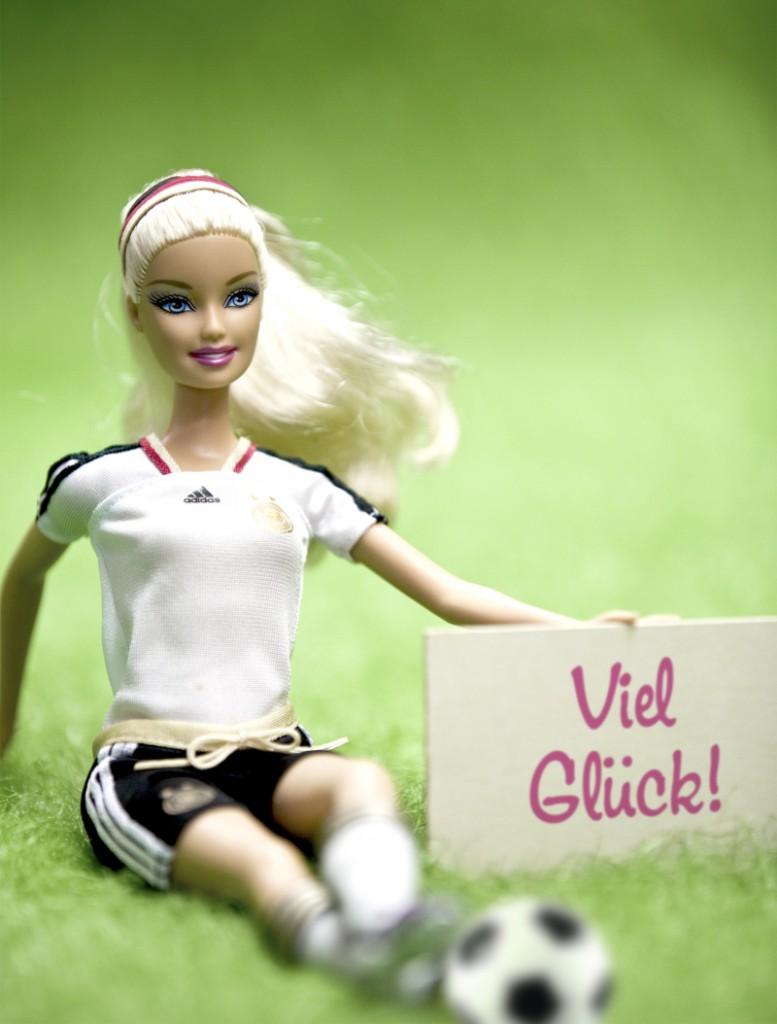 Die DFB-Barbie steht nicht im Aufgebot für die EM. Aber auch viele deutsche Leistungsträger aus der Bundesliga nicht. Foto: obs/Mattel GmbH