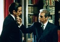 Michael Corleone (Al Pacino, rechts), hat seinen Neffen Vincent (Andy Garcia) als Nachfolger auserkoren.