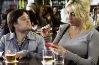 Daniel (Pablo Pineda) hat sich in seine Kollegin Laura (Lola Dueñas) verliebt.