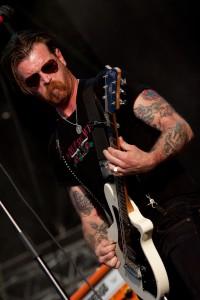 Jesse Hughes oder aber: SO sieht ein Rockstar aus. Foto: Highfield/Christoph Eisenmenger